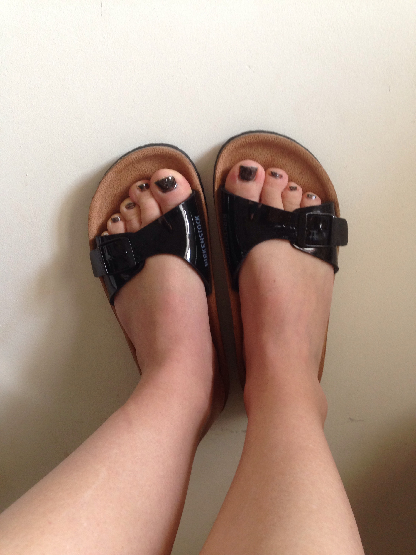 summer sandal feet
